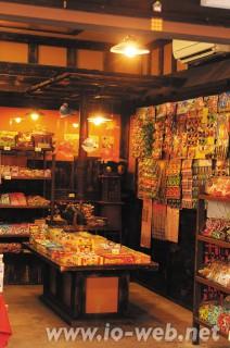 川越、お菓子屋横丁